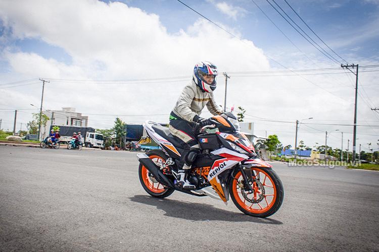 danh-gia-winner-150-om-cua-ca-goi-motosaigon-3
