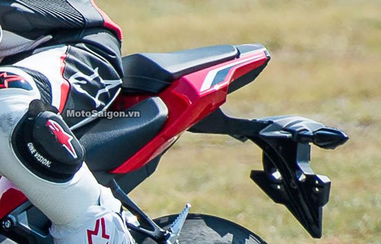 duoi-xe-cbr1000-2017-motosaigon