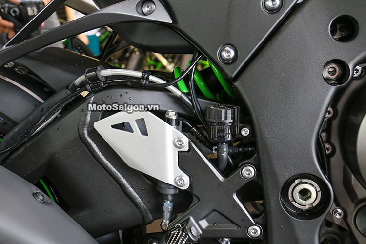 gia-ninja-zx10r-trang-titan-2017-motosaigon-20