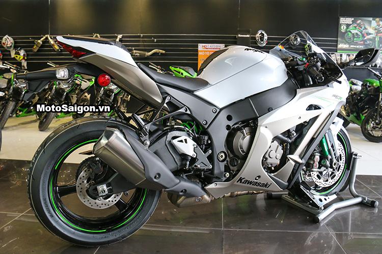 gia-ninja-zx10r-trang-titan-2017-motosaigon-26