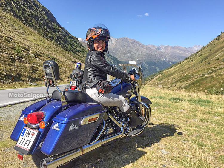 nu-biker-viet-nam-dau-tien-chay-moto-xuyen-chau-au-motosaigon-34