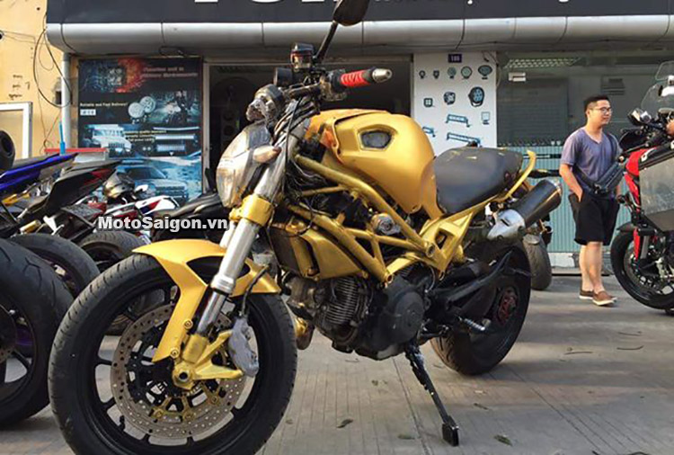 thanh-monster-796-biker-quai-di-motosaigon-1