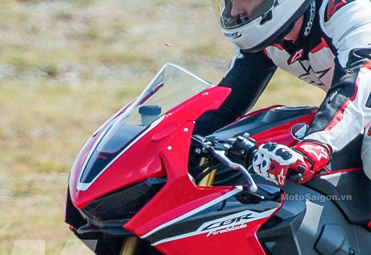 thiet-ke-dau-den-cbr1000-2017-motosaigon-3