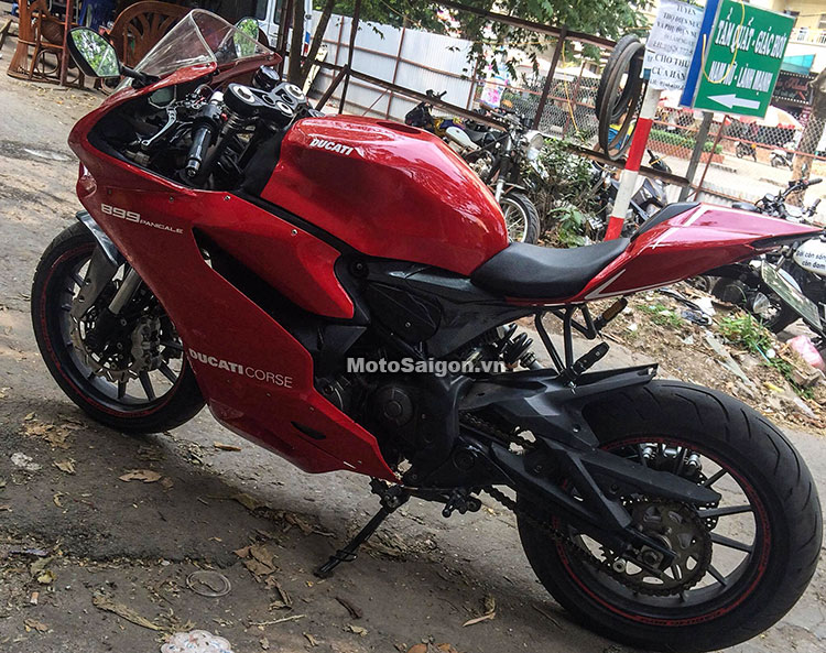 benelli-302-do-panigale-899-motosaigon-2