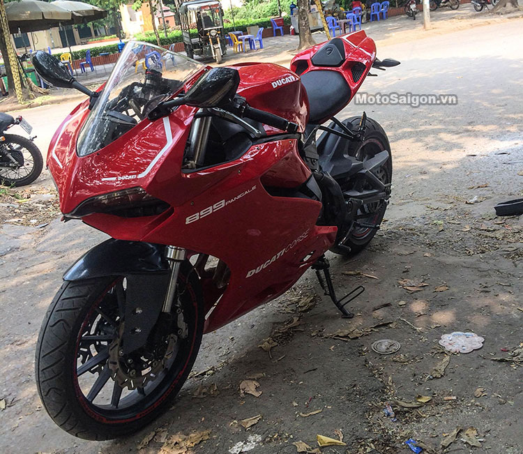 benelli-302-do-panigale-899-motosaigon-6