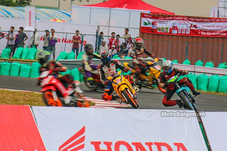 vong-12-giai-dua-xe-moto-binh-duong-duy-thai-motosaigon-2