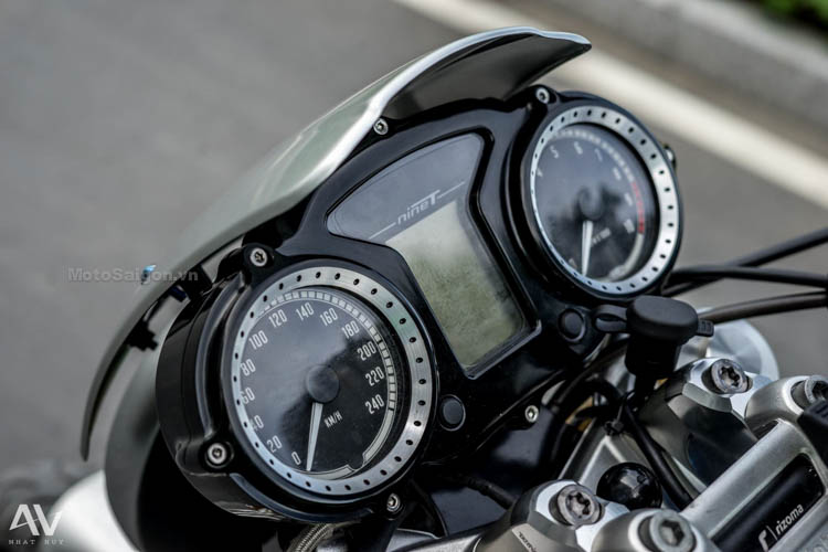 bmw-rninet-redbul-do-choi-khung-motosaigon-17