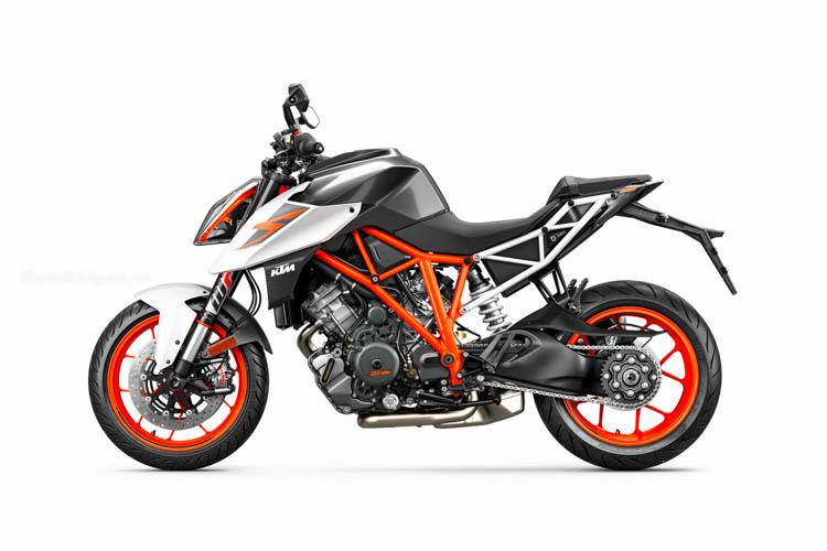 ktm-1290-super-duke-r-2017-motosaigon-18