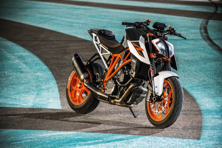 ktm-1290-super-duke-r-2017-motosaigon-6