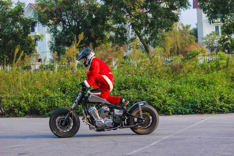 ong-gia-noel-stunt-honda-steed-ktm-duke-motosaigon-10