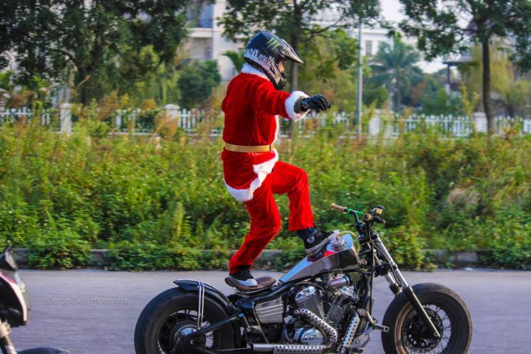 ong-gia-noel-stunt-honda-steed-ktm-duke-motosaigon-9