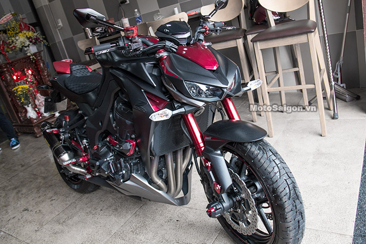 z1000-len-do-choi-biker-motosaigon-13