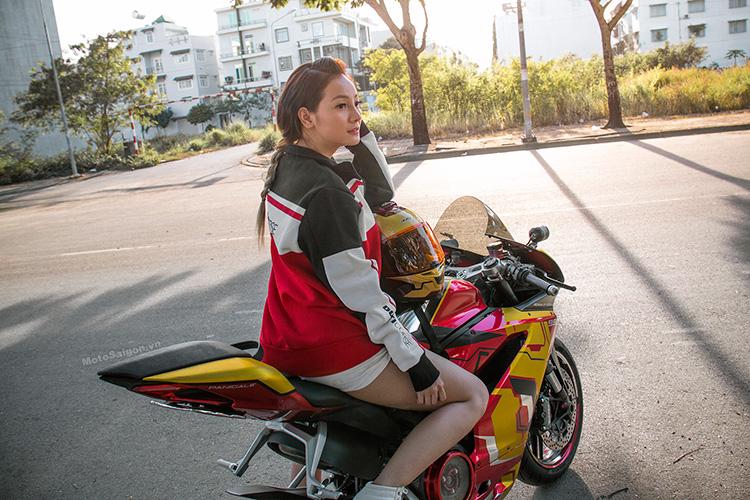959-panigale-ducati-nu-biker-iron-man-motosaigon-1