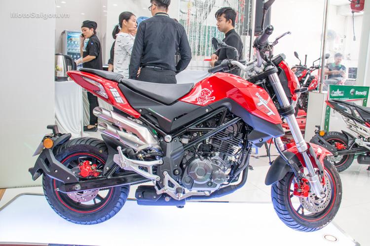 danh-gia-xe-benelli-302r-tnt125-thong-so-motosaigon-53