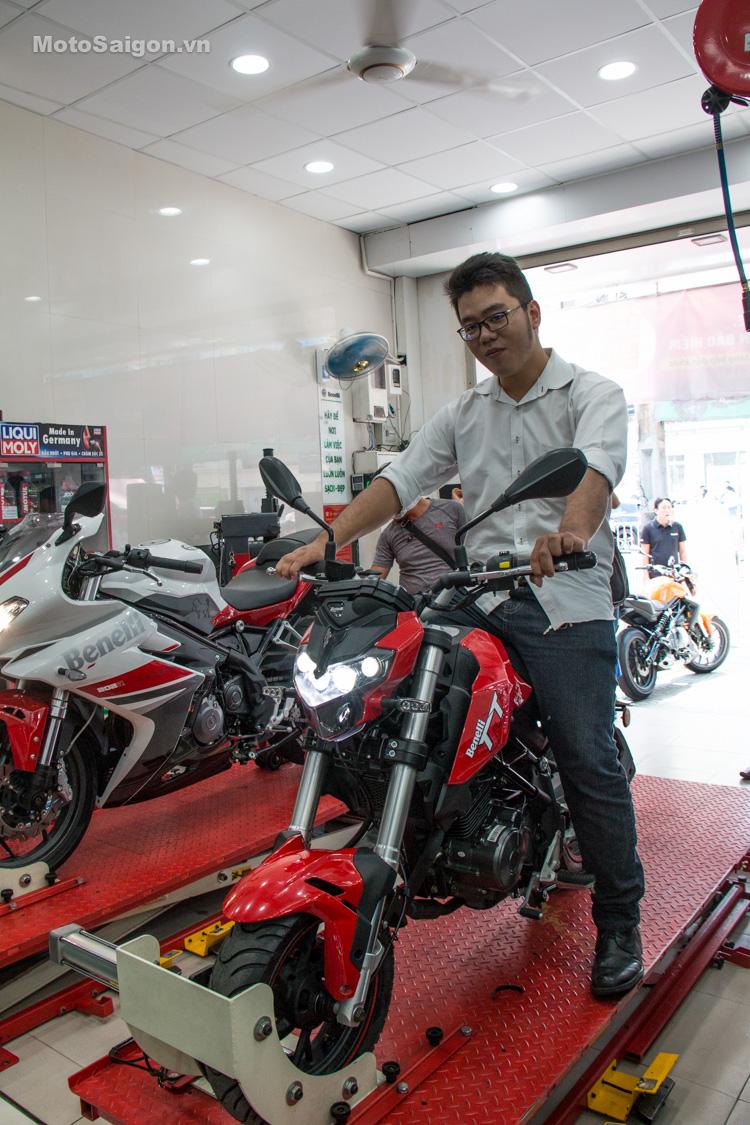 danh-gia-xe-benelli-302r-tnt125-thong-so-motosaigon-65