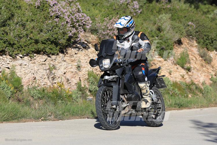 danh-gia-xe-ktm-800-adventure-2017-motosaigon-13