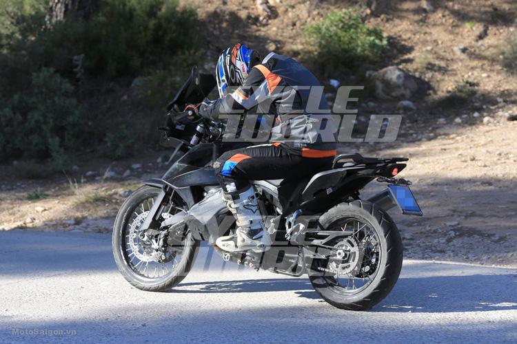 danh-gia-xe-ktm-800-adventure-2017-motosaigon-17