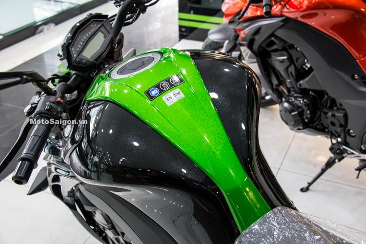 danh-gia-xe-z1000-2017-hinh-anh-thong-so-motosaigon-7