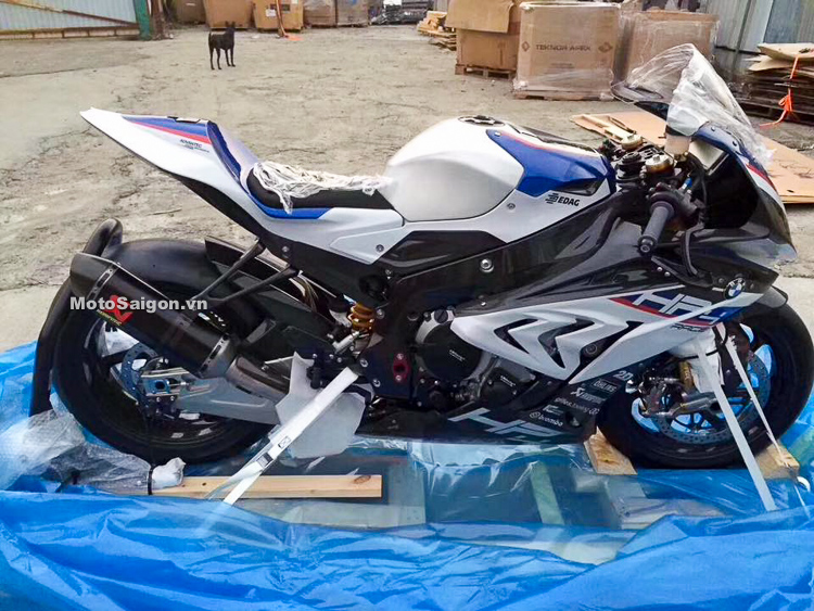 Bmw Hp4 Race 2018 2018 Bmw Hp4 Race Review 12 Fast Facts2018 Bmw Hp4