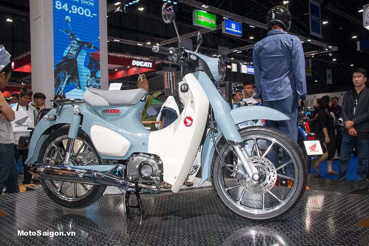 Super Cub C125 giá bán 65 triệu đồng với đầy đủ phụ kiện