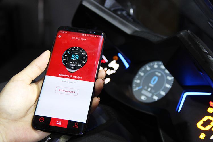 Noodoe là gì? Là hệ thống thông minh được cài đặt ngay trên đồng hồ xe tay ga của Kymco, kết nối với điện thoại để hiển thị những thông tin cần thiết nhất