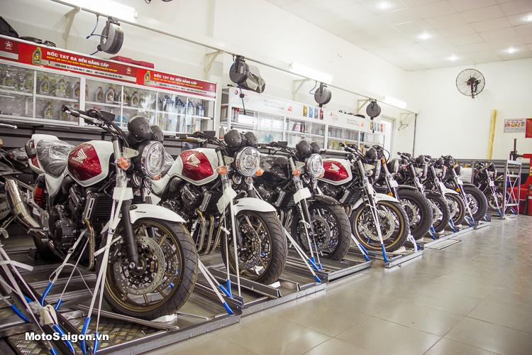 Lô hàng Honda CB400 2018 phiên bản kỷ niệm 25 năm cuối cùng đã có mặt tại Showroom Honda Motorrock
