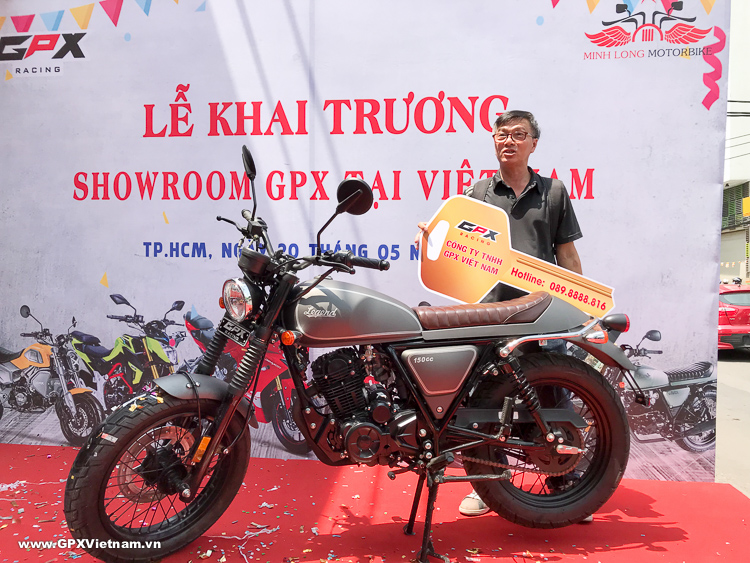 Showroom GPX Việt Nam bàn giao xe đến những khách hàng đầu tiên