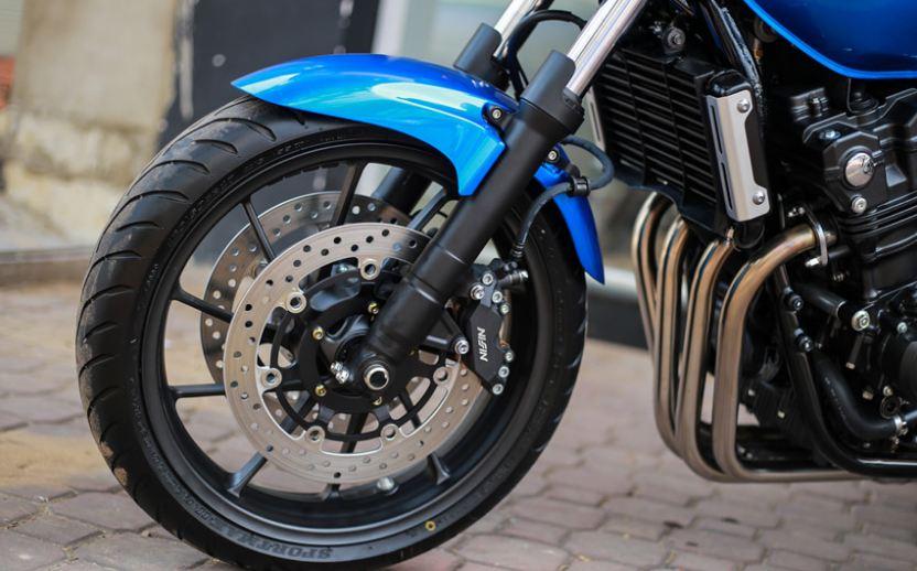 Phuộc ống lồng trên Honda CB400