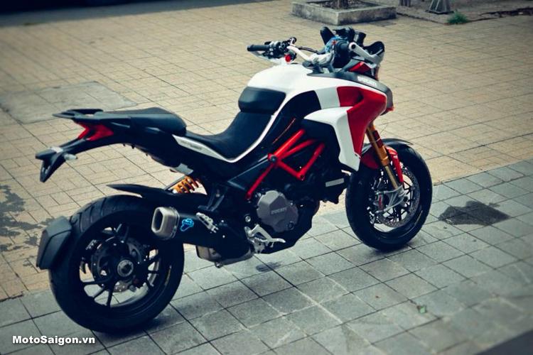 Ducati Multistrada 1260 Pikes Peak giá 854 triệu đồng đã có mặt tại Sài Gòn