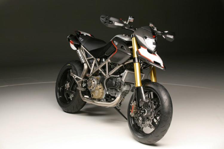 Moto %C4%91%E1%BA%AFt nh%E1%BA%A5t th%E1%BA%BF gi%E1%BB%9Bi 2018 Motosaigon.vn 7