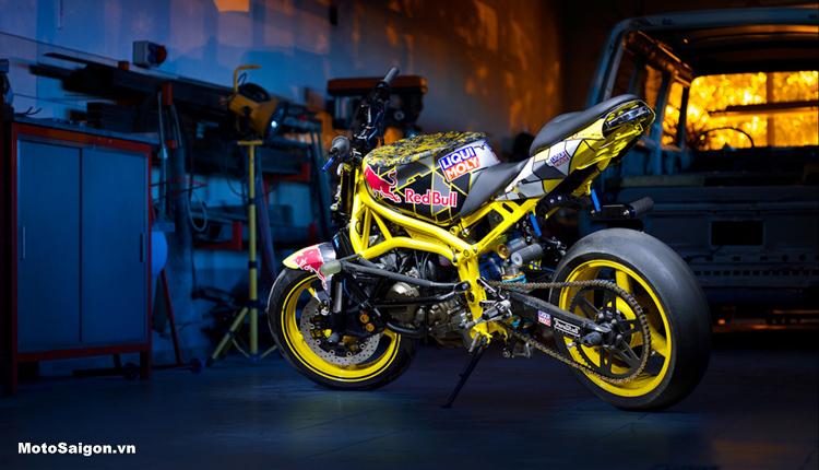 Những trang bị cần thiết cho một chiếc Moto Stunt