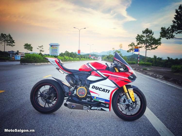 Ducati 1199 Panigale lên đồ chơi cực chất của Biker Tuyên Quang