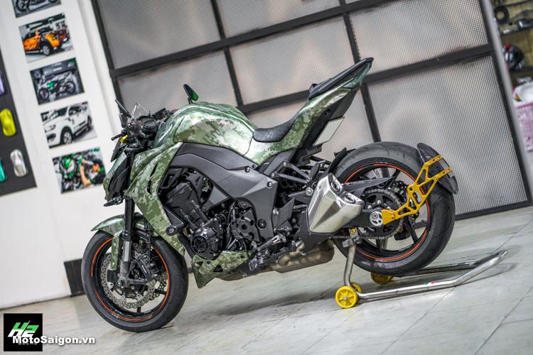 Kawasaki Z1000 lên tem phong cách Camo Digital đầy ấn tượng