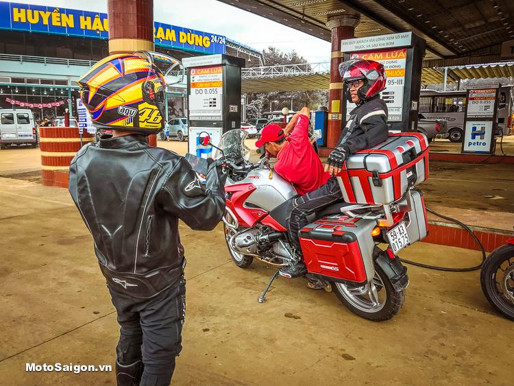 Dàn moto BMW Motorrad Việt Nam hội tụ đi tour offroad Thác Mai