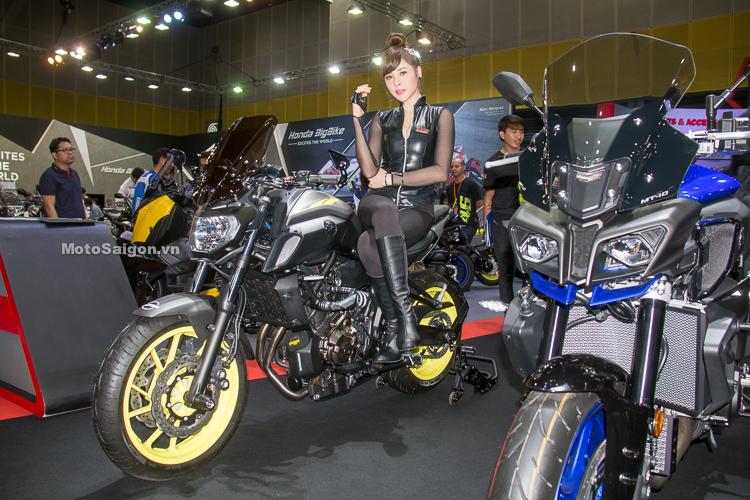Yamaha MT-07 2018 độ pô Motive và đồ chơi đáng tham khảo