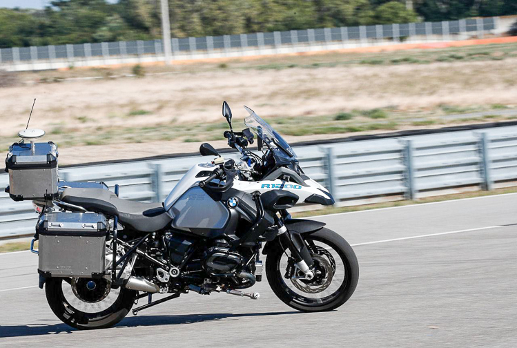BMW R1200GS Ghost Rider Xe tự chạy không cần người lái