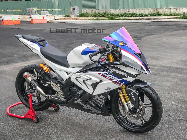 Yamaha R15 độ BMW HP4 Race cực chất của LeeAT Motor