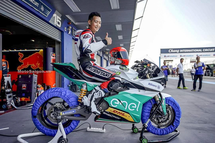 Tay đua người Thái RatthaPark Replica test mẫu xe đua của giải MotoE tại Chang International Circuit