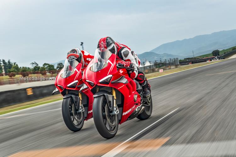 Cực sốc với giá xe Ducati Panigale V4R sắp bán chính hãng tại VN