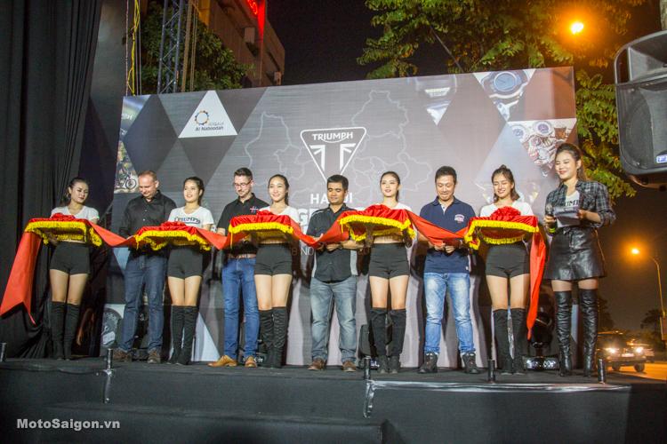 Cắt băng khai trương Showroom Triumph Hanoi tại Long Biên - Thủ đô