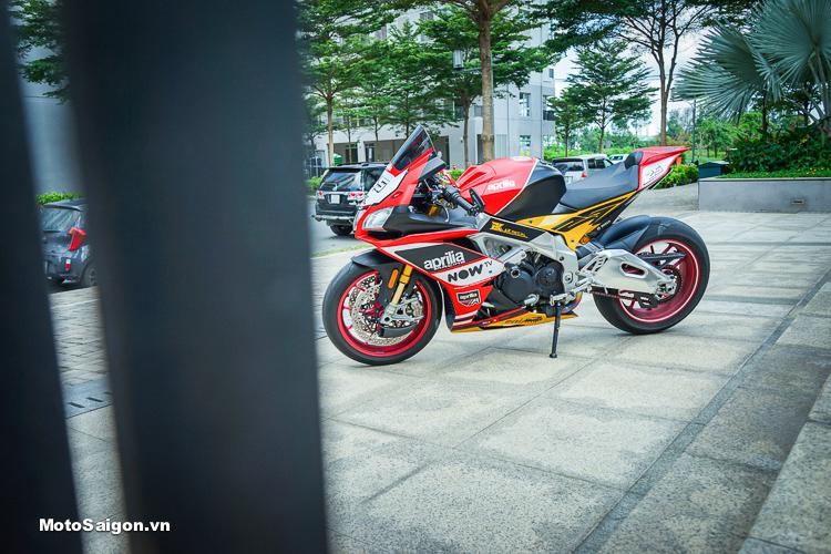 Aprilia RSV4 cực hiếm lên đồ chơi khủng của Biker Sài Gòn