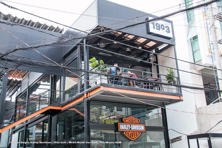 1903 Café: Quán cà phê cho các tín đồ đam mê xe tại quận Phú Nhuận