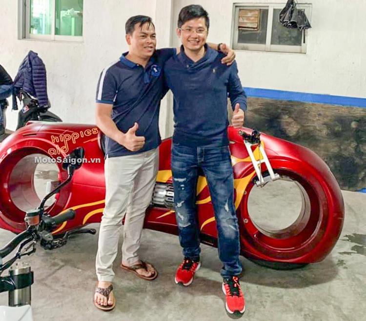 Moto khủng như phim TRON Legacy của Phúc XO sắp về Việt Nam