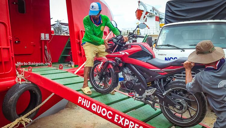 Cách vận chuyển xe máy lên tàu cao tốc Côn Đảo Express