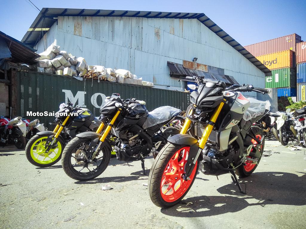 Honda CB150R mới giá 105 triệu tại Việt Nam đấu Yamaha MT-15