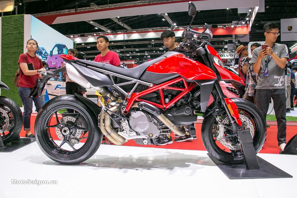 Ducati Hypermotard 950 2019 đầu tiên trình làng sắp có giá bán