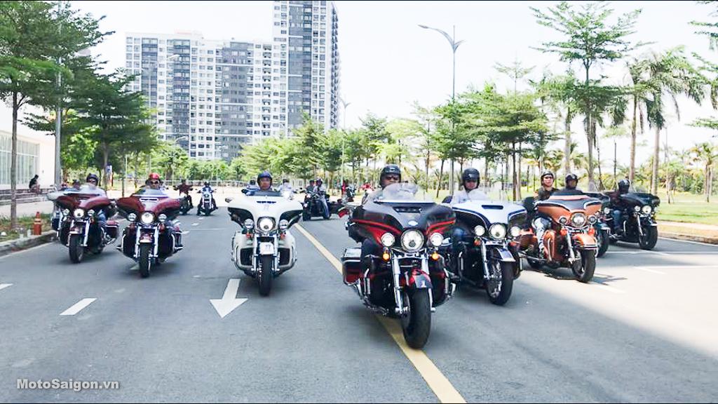 Đội hình Harley siêu khủng hội tụ Khu Sala chuẩn bị Cúp truyền hình 30/4