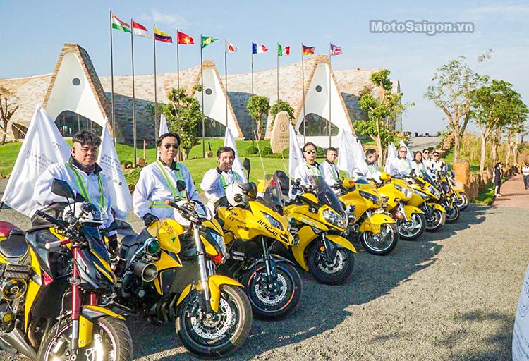 Đội hình Anh em moto dẫn đoàn Hành Trình Trái Tim 2019