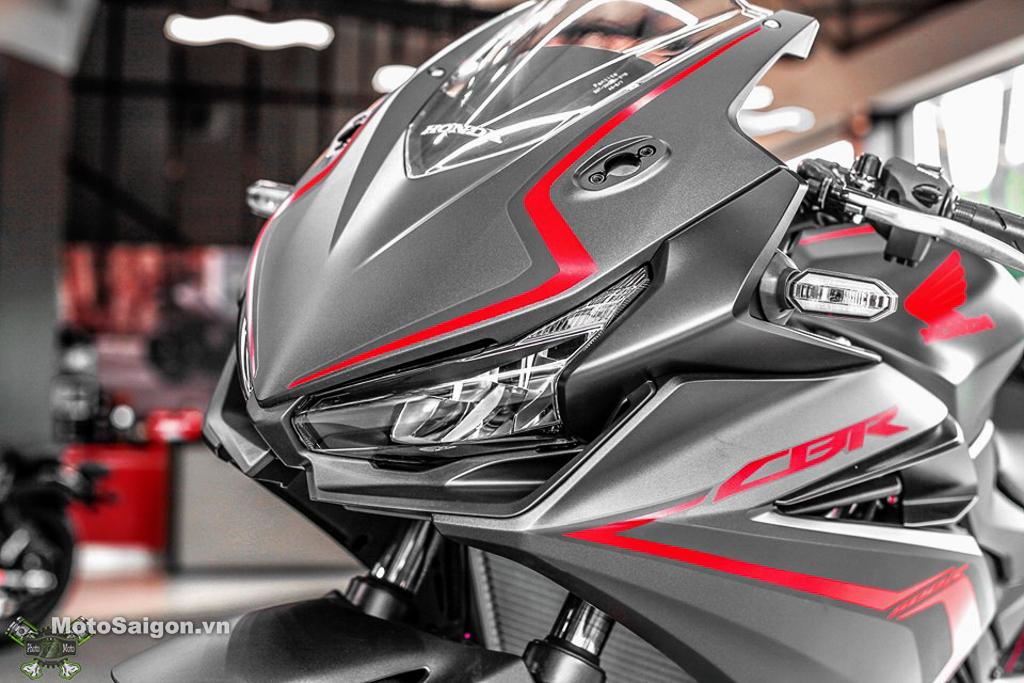 Cận cảnh Honda CBR500R màu đen nhám giá 187 triệu đồng
