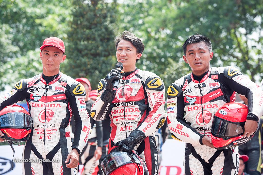 Giao lưu 3 tay đua của đội Honda Racing Vietnam trước khi diễn ra thi đấu chính thức
